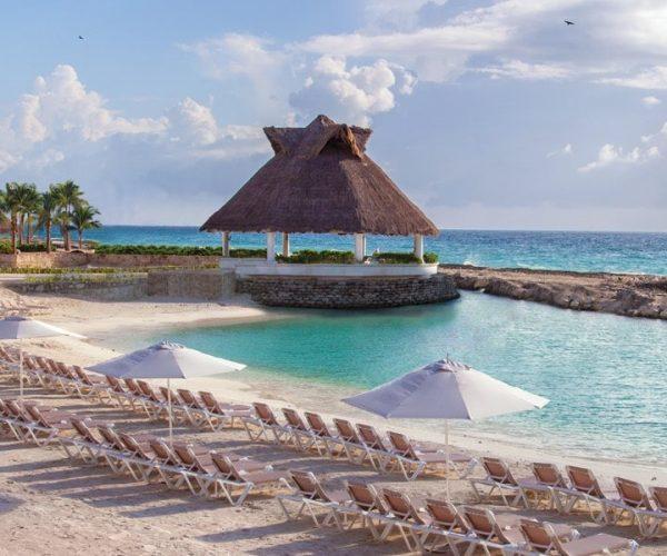 HRH_Riviera_Maya_Beach_Chairsx100Crop