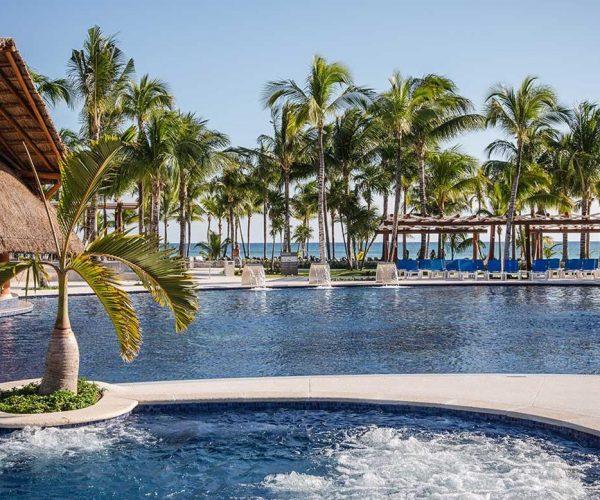 78-swimming-pool-3-hotel-barcelo-maya-caribe_tcm20-35195_w1600_h777_n
